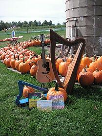 harp_pumpkins.jpg