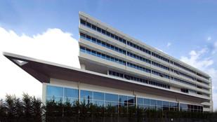 VIAMAR OFFICE BUILDING