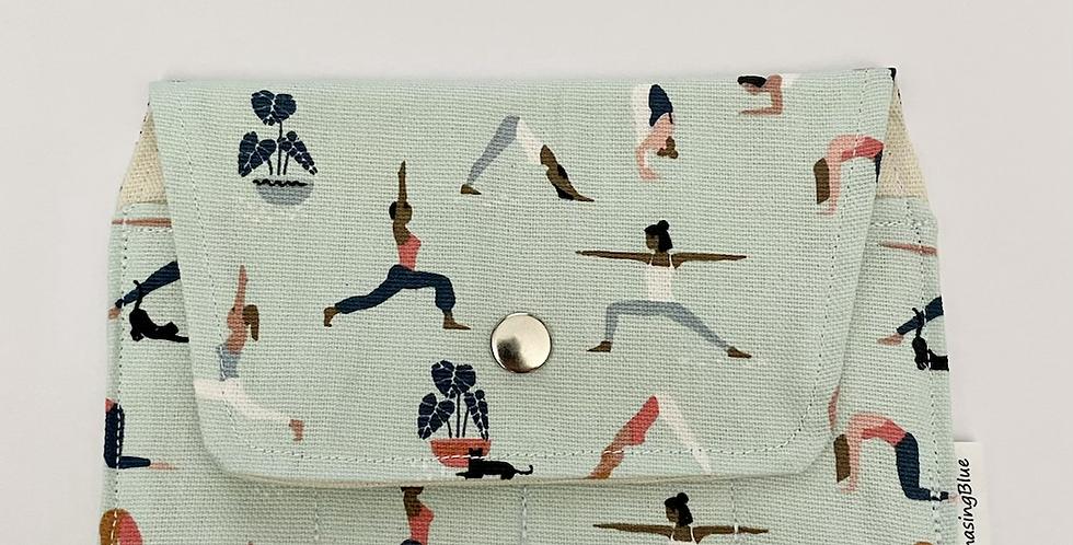 Essential Oil Roller Bag // Yoga