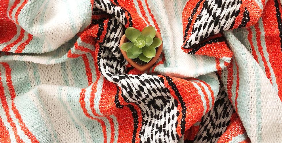Sunkist // Falsa Blanket