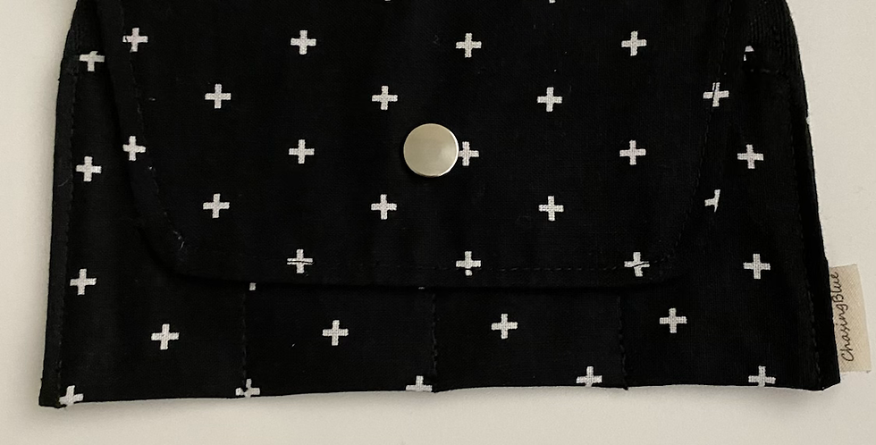 Essential Oil Roller Bag // Black
