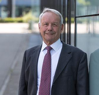 Dr. Hans-Ruedi Stutz