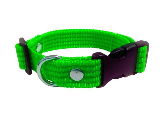 Collar liso mediano verde