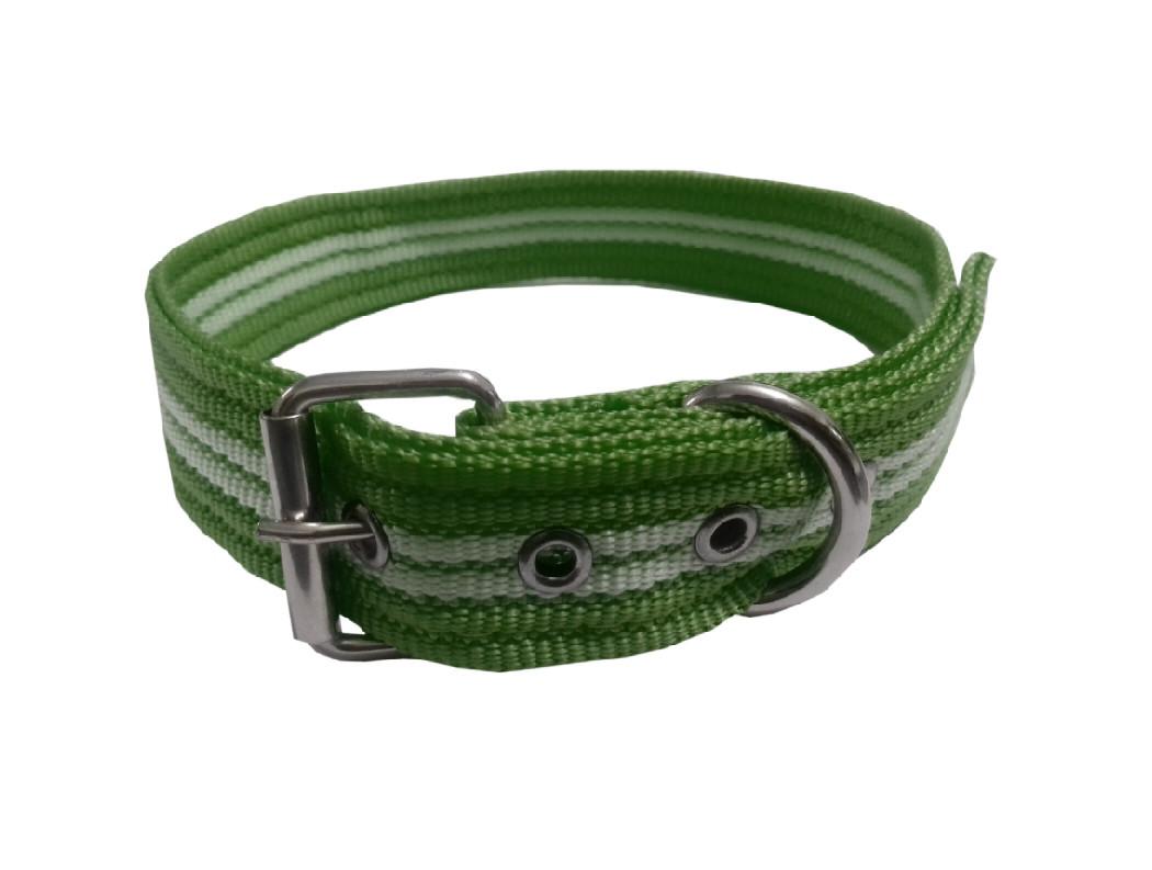 Collar rayado mediano con hebilla verde militar