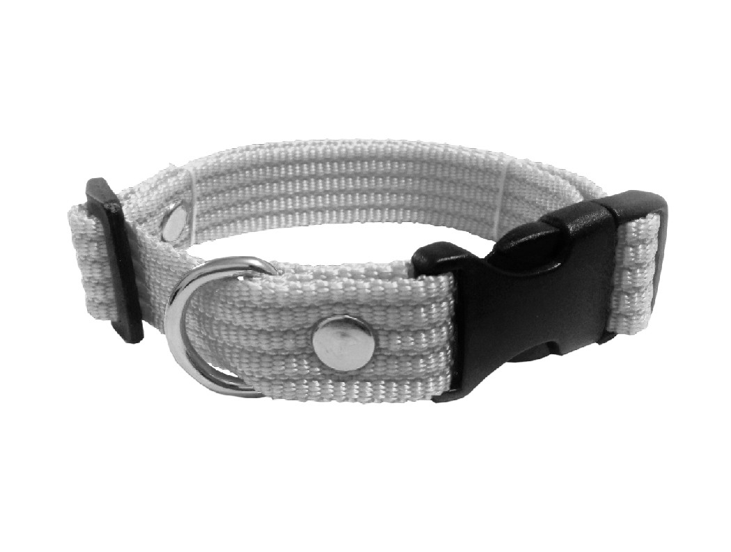 Collar liso mediano gris