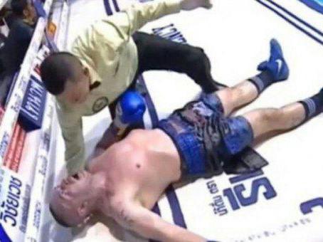 Итальянский боксер скончался через несколько дней после нокаута