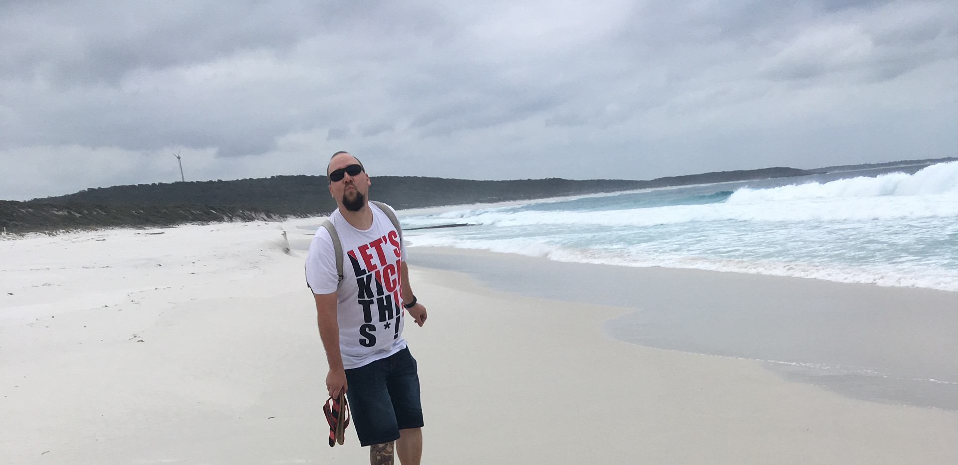 Hidden beach in our way to Esperance