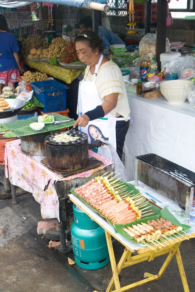 5 normas básicas para comer seguro si vas a viajar al tercer mundo