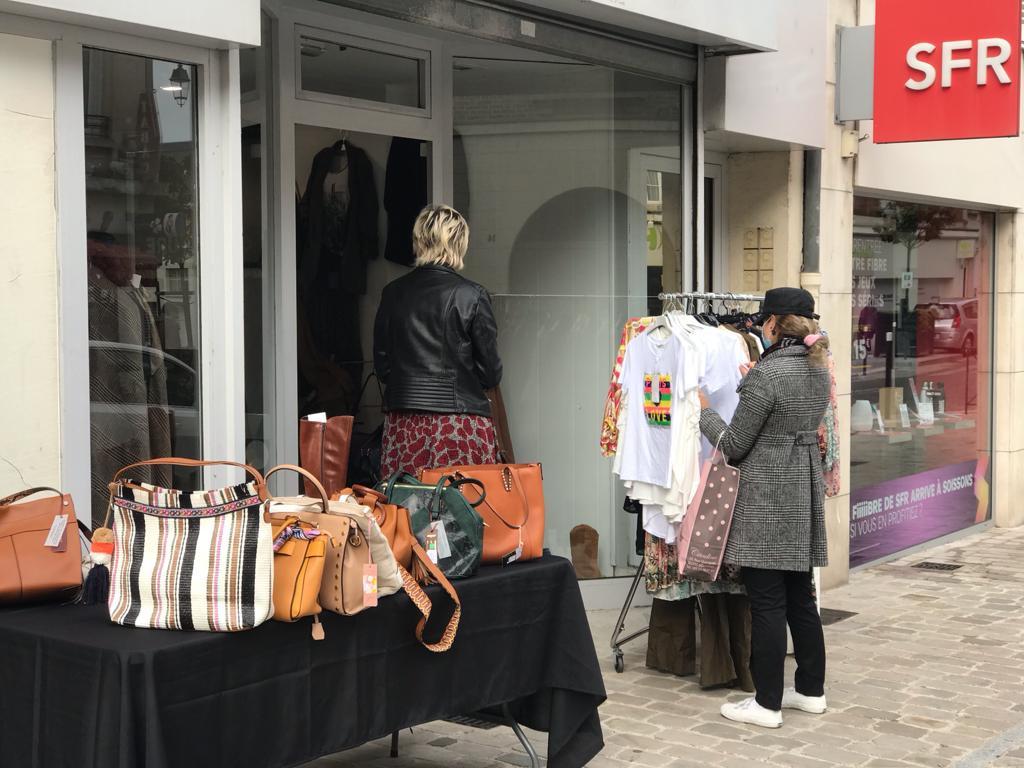 Boutique éphémère - Vêtements et accessoires femmes