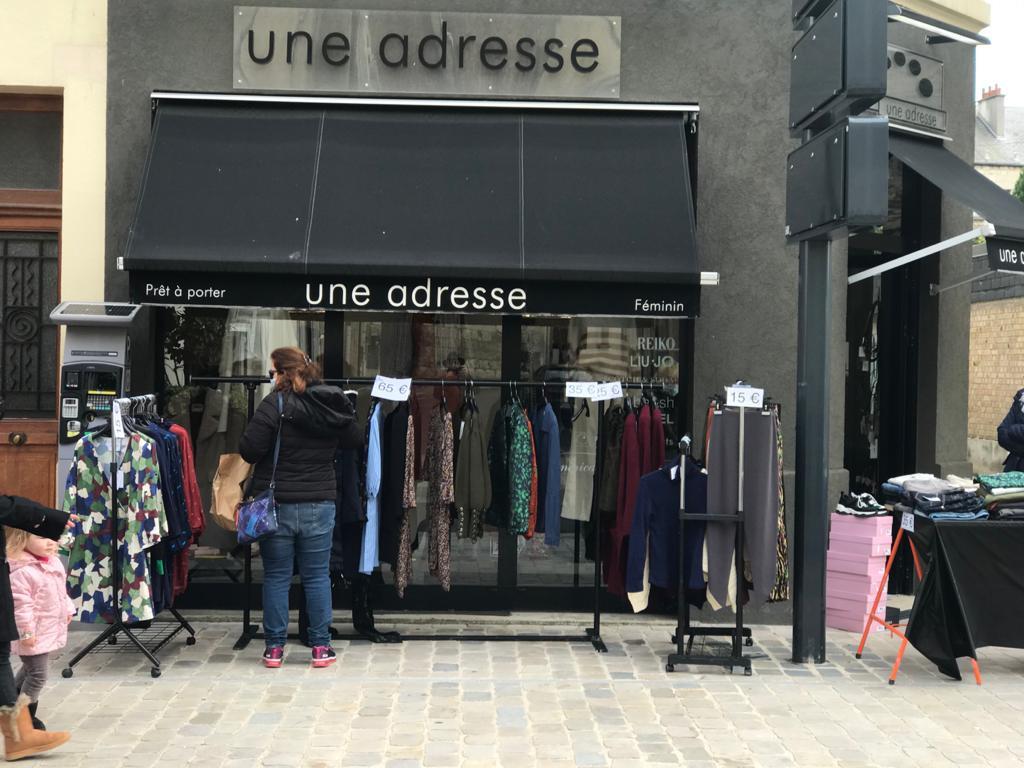 Une adresse - Vêtements et accessoires femmes