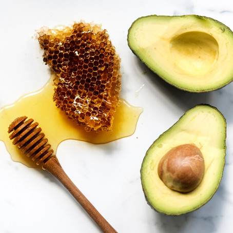 DIY SIMPLE FACE MASK FOR GLOWING SKIN