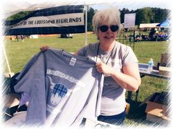 Linda peddles t-shirts