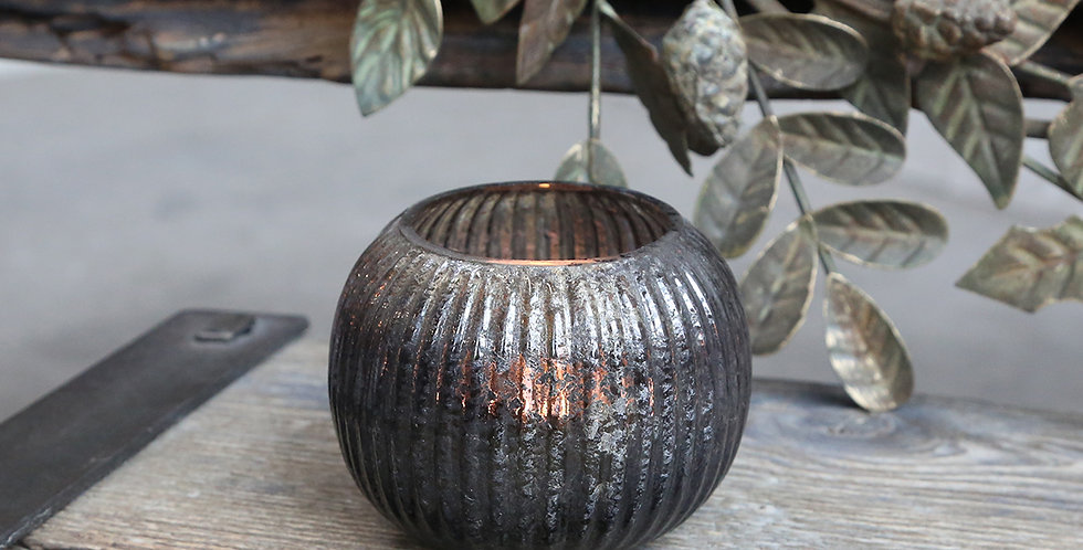 Globe shaped tealight holder in antique coal colour with grooved pattern