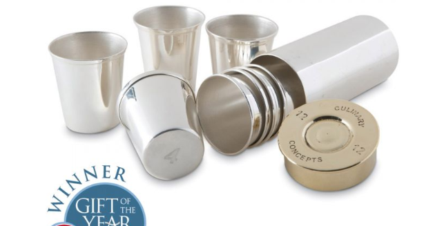 A stunning, silver plated, cartridge-shaped case containing 8 stackable shot cups to enjoy your favourite tipple in