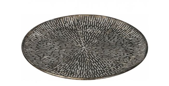 A stylish decorative plate with a distinct handmaderough luxe look.