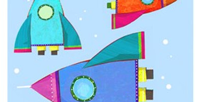 Pale blue gift tag with 3 colourful rocket ships