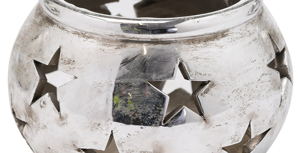 small silver tealight holder with cut out star pattern