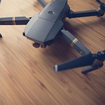Formation Drone Paris avec Sabri EL FANI FORMATEUR PROFESSIONNEL de cours en ligne télépilotage de drones à PARIS