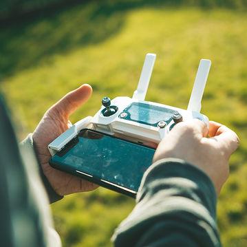 Formation Drone Paris avec Sabri EL FANI FORMATEUR PROFESSIONNEL réglementation à PARIS