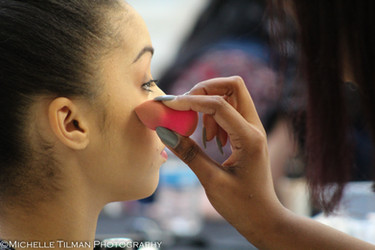 Flomar Makeup Game Show