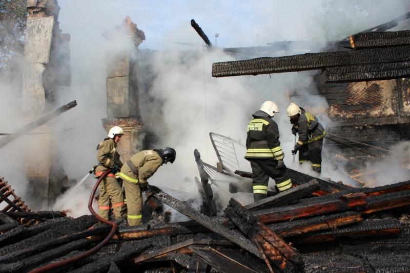 В области в день регистрируют в среднем три-пять возгораний.