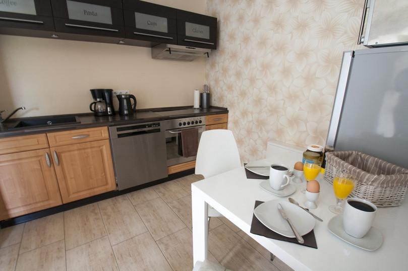 flintstone-küche.jpg