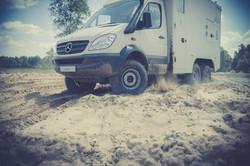 Mercedes Sprinter Mobile Lab Sand