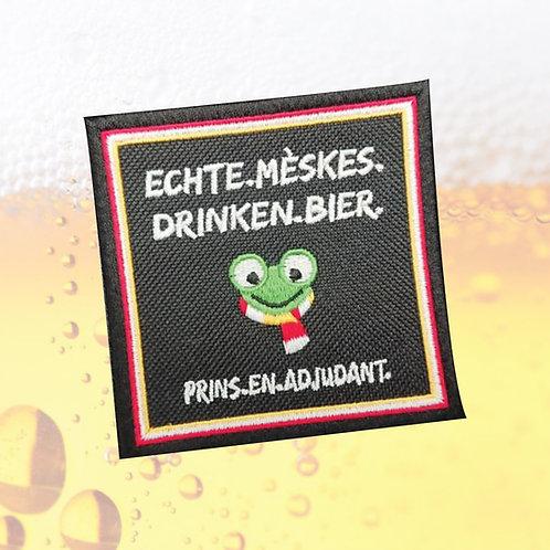Embleem ECHTE MESKES DRINKEN BIER