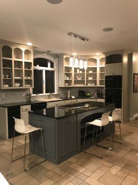 New kitchen cabinet makeover!