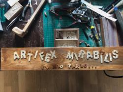 ARTIFEX  MIRABILIS