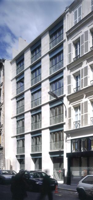 Logements - Paris (75009) - 2002