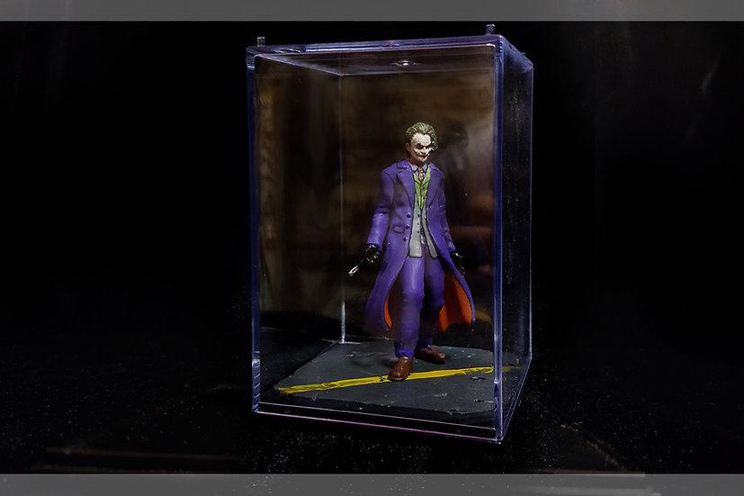 JOKER BATMAN DARK NIGHT DC STATUE MODEL