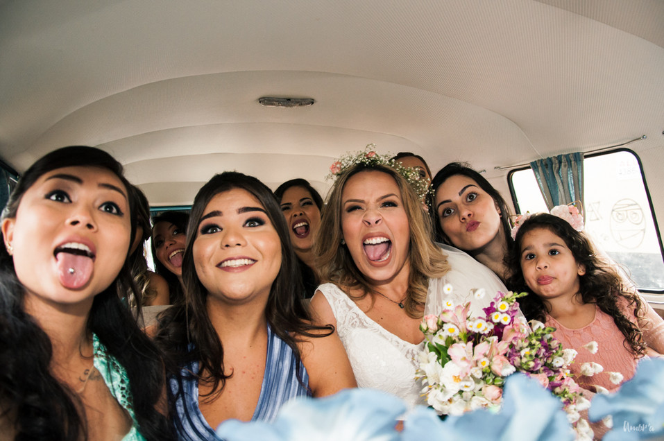 mini wedding, casamento de dia, casamento rustico, casamento diy, diy, amora fotografia, maia bistro, casamento maia bistro, casamento restaurante, casamento bistro, casamento por adesao, kombi, kombi casamento