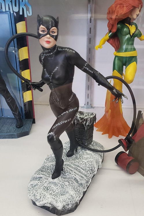 Catwoman - Diamond Select Vinyl Statue  (Batman Returns)