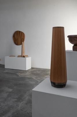 Against the Grain exhibition_Jan Hendzel Studio_(c) George Baggaley.jpg
