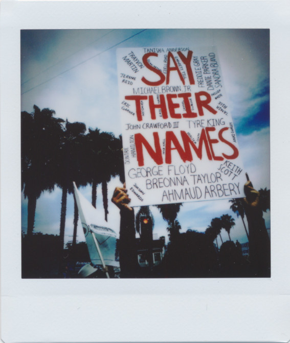 06042020-InstaxProtest--3.jpg
