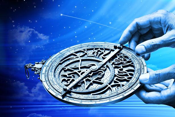 Dags-horoskopet viser transitter til fødselshoroskopet