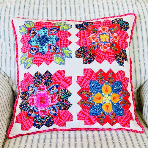 Appliqué Pillow P3