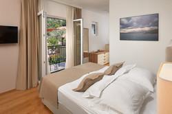 Standard double room eith garden view