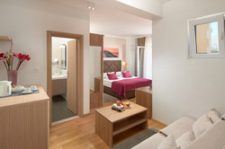 Comfort double room with side sea view