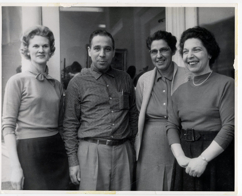 Phyllis, Frank, Mary and Rose Caruso