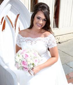 My absolutely stunning #2016bride Stephanie #bridalmakeup _makeupartistcharnie #makeupartistcharnie