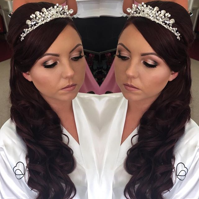 This mornings gorgeous #bride #bridalhair #bridalmakeup all by me _makeupartistcharnie www.charnie-m