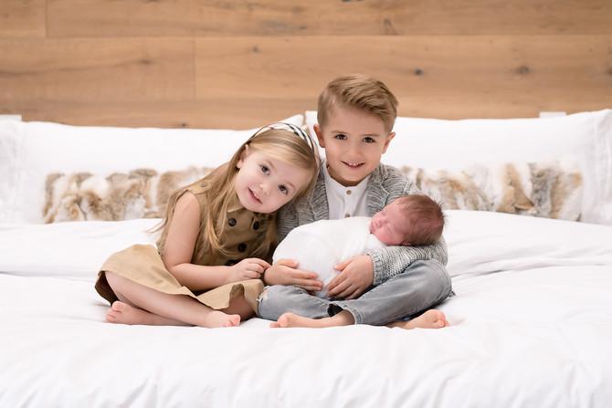 Toronto West / Mississauga East Photographer | Mila and Niko adore Baby Brother Marko | Toronto Newb