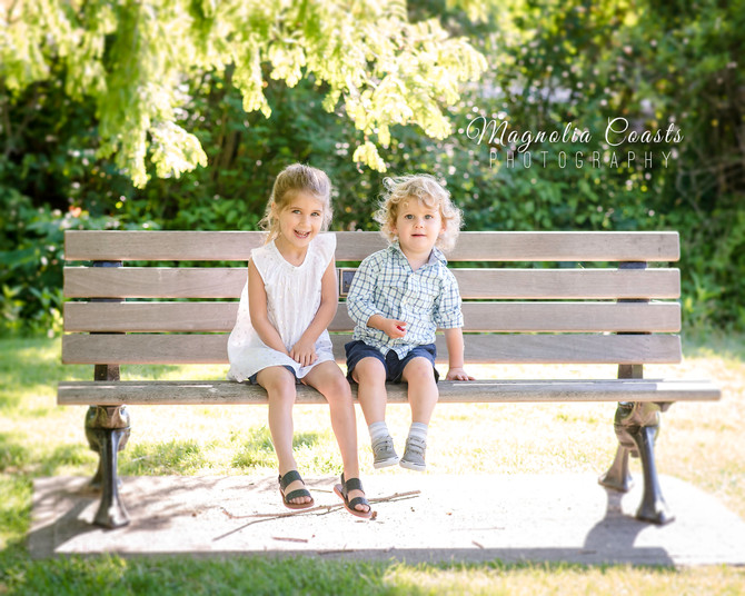 Toronto West / Mississauga East Photographer   A Family Says Good-bye to Toronto   Family
