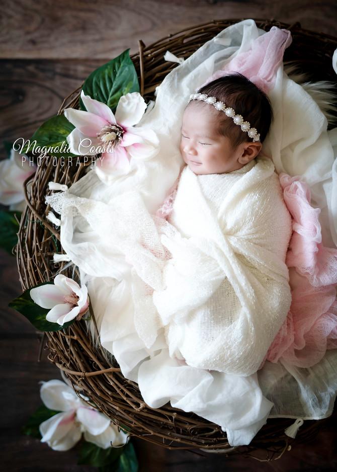 Toronto West / Mississauga East Photographer | Baby Rochelle at 10 days | Newborn