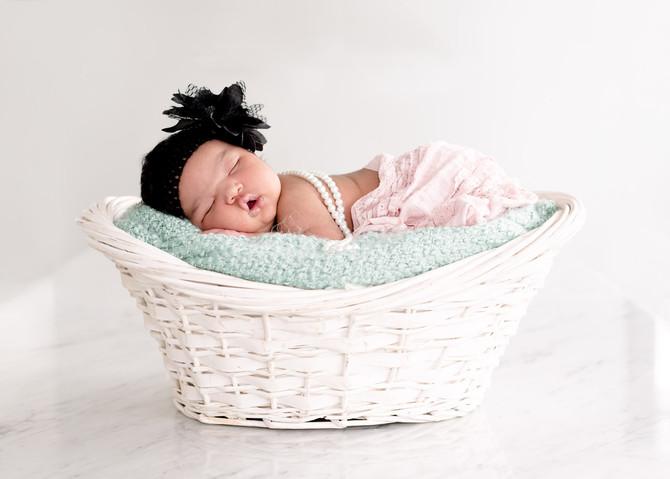 Toronto West / Mississsauga East Photographer | Baby Eden is 13 days old | Toronto Newborn