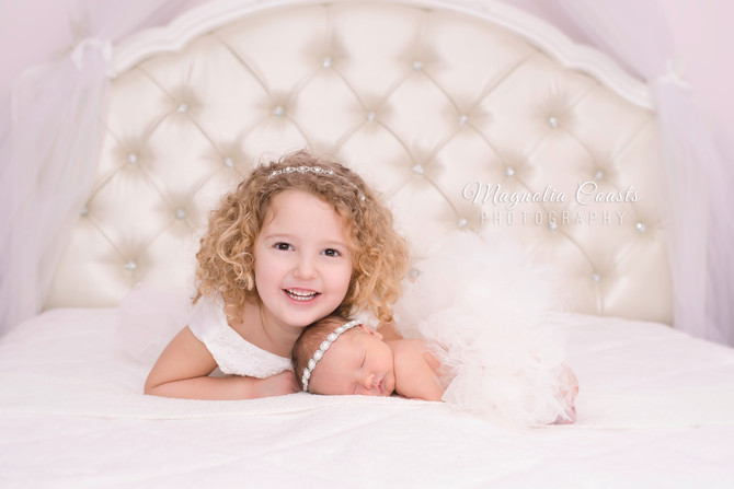 Toronto West / Mississauga East Photographer | Baby Victoria at 5 days | Newborn