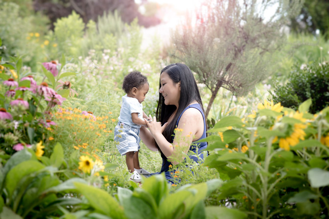Toronto West / Mississauga East Photographer   Kellon in the Flowers   Grow with Me