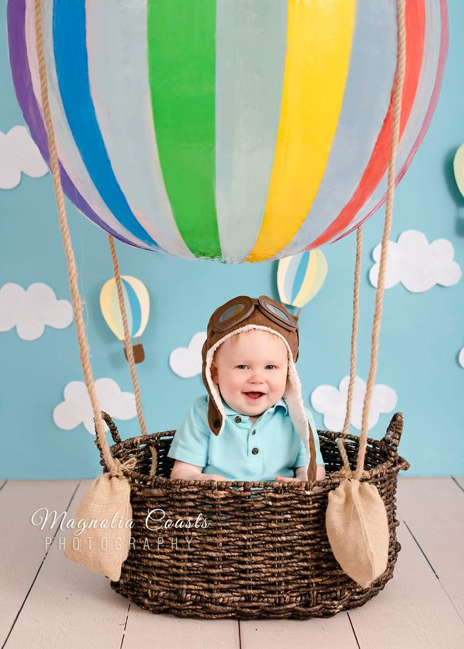 Toronto West / Mississauga East Photographer | One Year Old James Floats Away! | Cake Smash